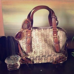 Auth Michael Kors Milo handbag